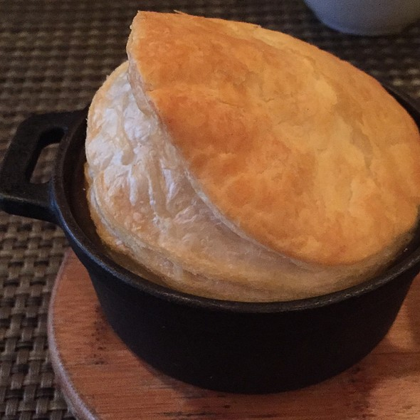Beef And Stout Pot Pie - Skinner's Loft, Jersey City, NJ