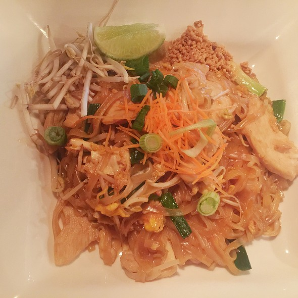 Pad Thai with Chicken - Thai Thani - Orlando, Orlando, FL