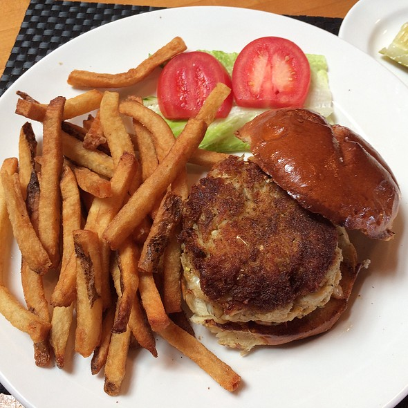 Crab Cake Sandwich With Fries - Matchbox - Capitol Hill, Washington, DC