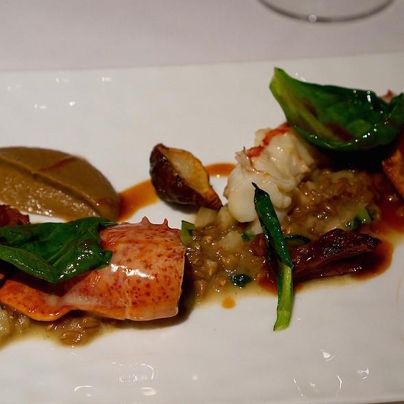 Warm Lobster Salad, Sunchokes, Tatsoi And Ponzu - Gramercy Tavern, New York, NY