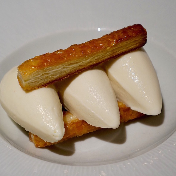 Brie, hickory, bourbon ice creams - Gramercy Tavern, New York, NY