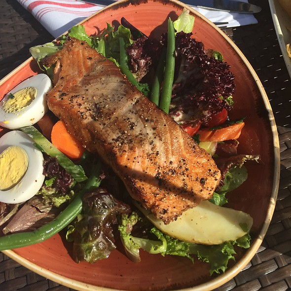 Monterey Bay Salmon Salad - The Valley Kitchen, Carmel, CA