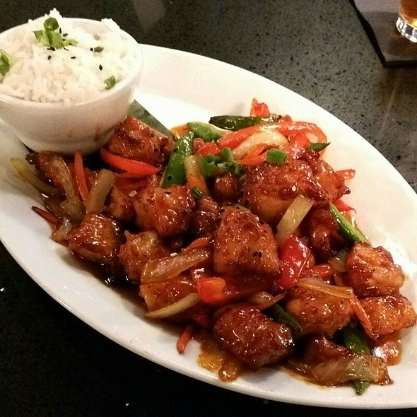 Orange Chicken - Karma Asian Food and Fine Wine, Mundelein, IL