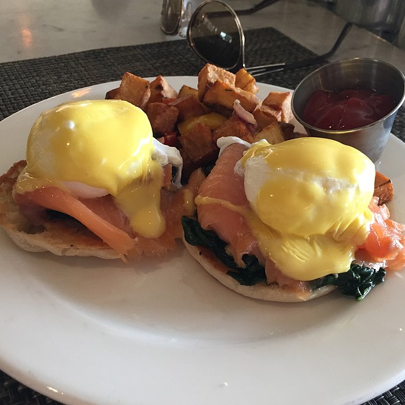 Eggs Royale - The Cedars Social, Dallas, TX