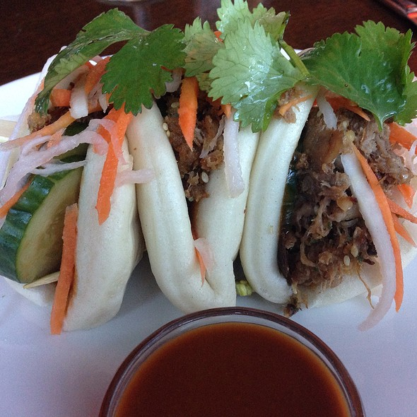 Asian Street Bao Sliders - Del Frisco's Grille - McKinney Ave - Uptown, Dallas, TX