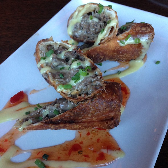 Cheesesteak Eggrolls - Del Frisco's Grille - McKinney Ave - Uptown, Dallas, TX
