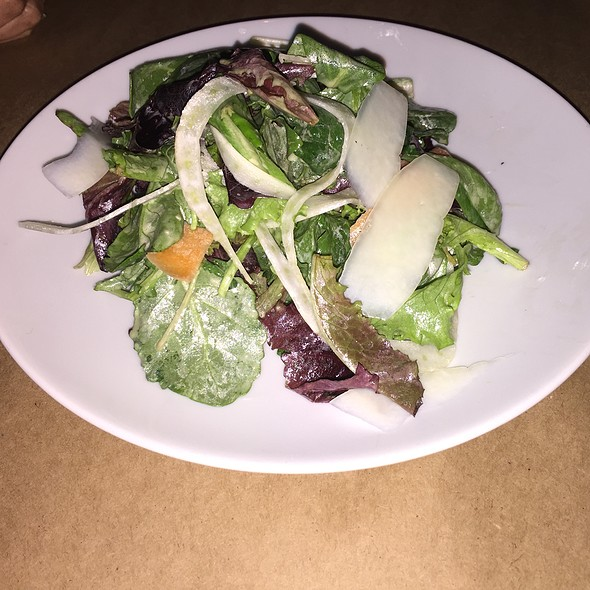 Mixed Greens With Fennel, Carrots And Sherry Vinaigrette - clarklewis, Portland, OR