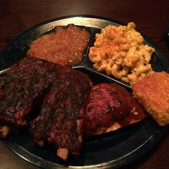 Bbq Combo, Pulled Pork With Ribs, Beans And Mac N Cheese For Sides - Dinosaur Bar-B-Que - Stamford, Stamford, CT