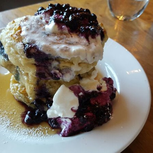 Blueberry Pancakes - Mildred's Temple Kitchen, Toronto, ON