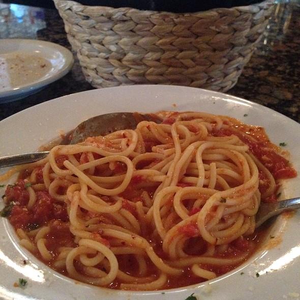 Spaghetti - Aliano's Ristorante, Batavia, IL
