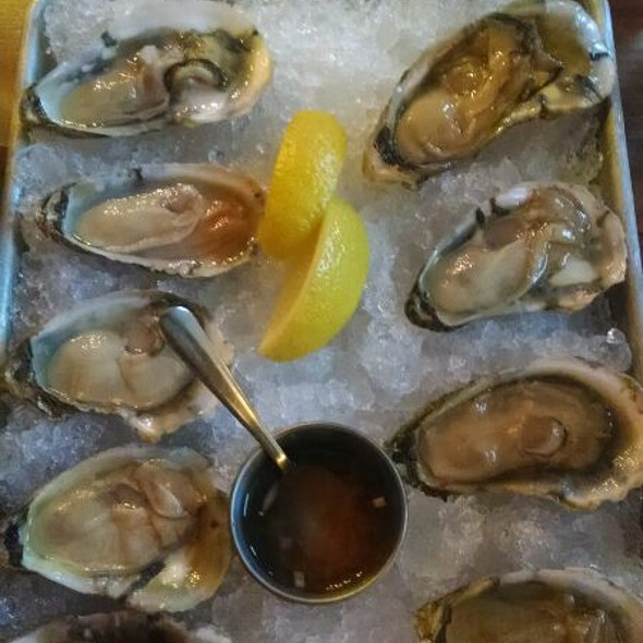 Oysters - Firebox Restaurant, Hartford, CT