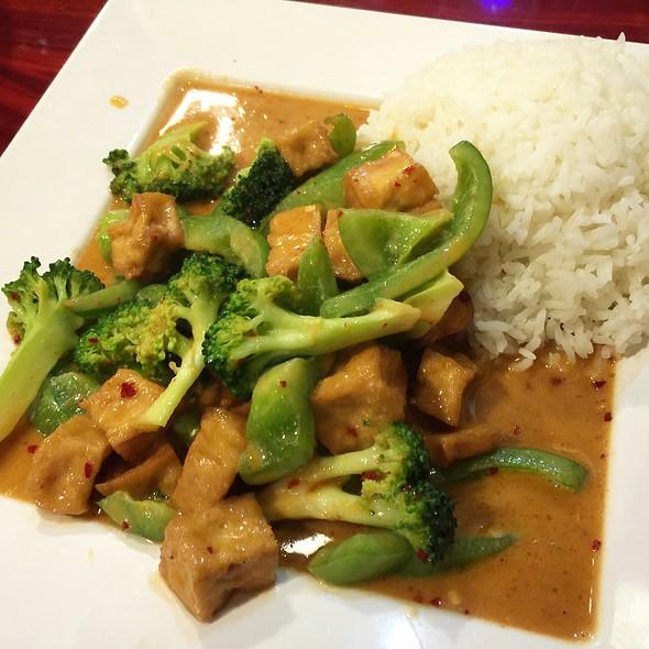 Thai Food Northville Mi