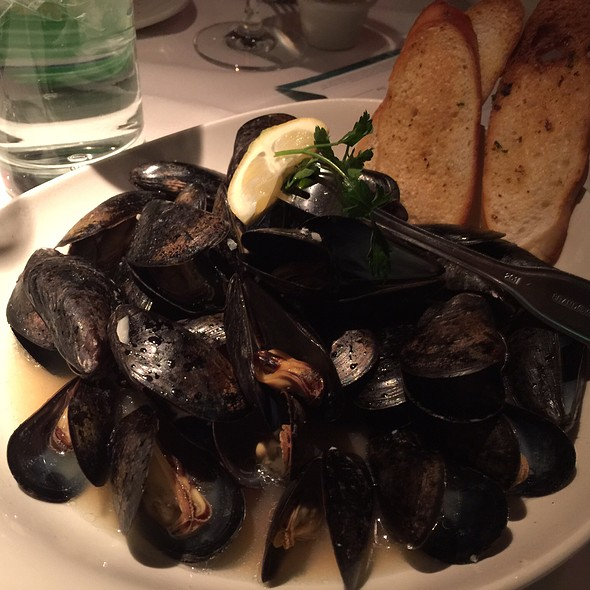 Mussels - Chart House Restaurant - Boston, Boston, MA