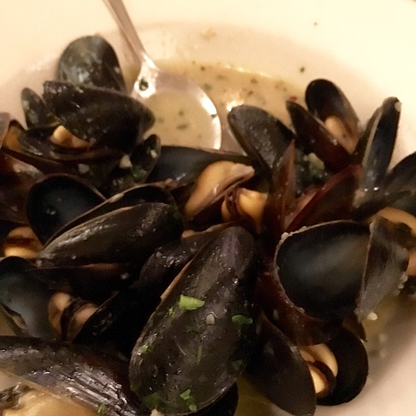 Mussels in White Wine Sauce - Panza, Boston, MA