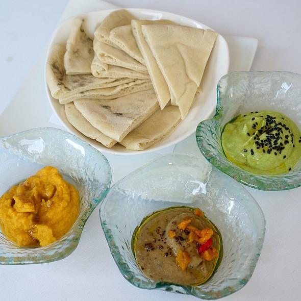Vegetarian Platter Dips - Naha, Chicago, IL