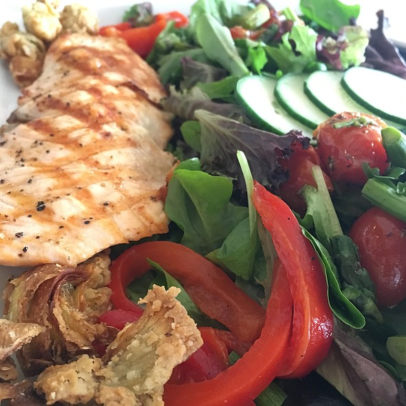 Salmon salad - Sweetwaters on the River, Eugene, OR