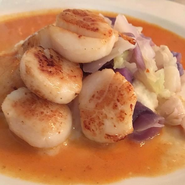 Sautee Of Scallops With Curried Cauliflower - Hamilton's Grill Room, Lambertville, NJ