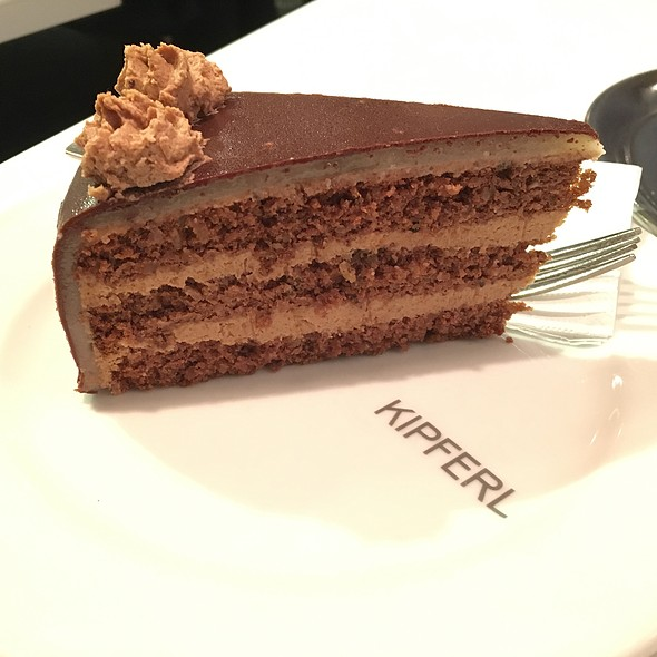 Maroni Torte - Kipferl, London