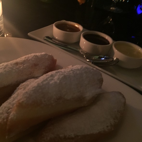 Beignets - Bull & Bear Steakhouse, Orlando, FL