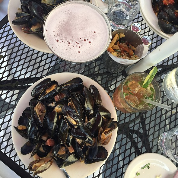 Normandy Mussels With Pomegranate Martini - Bistro La Source, Jersey City, NJ