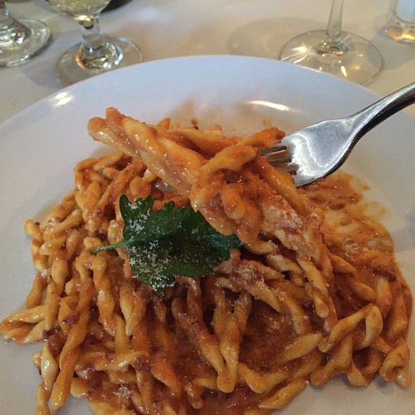strozzapreti - Via Alloro, Beverly Hills, CA