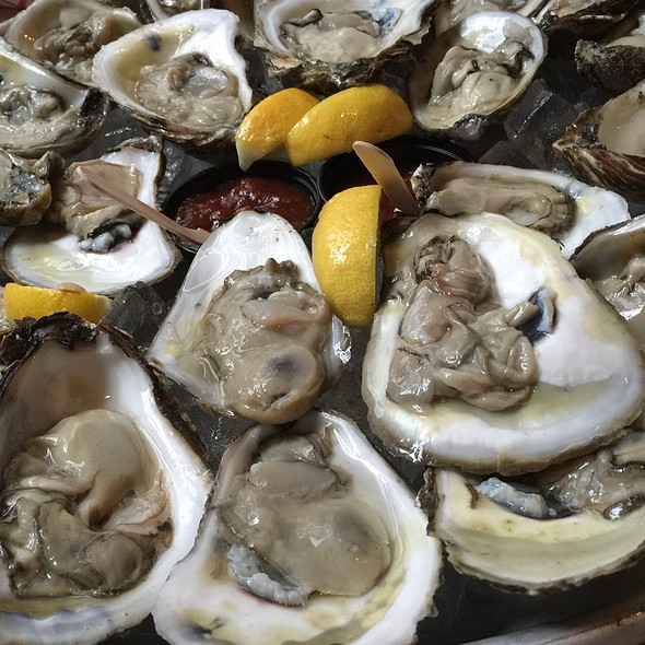 Blue Point Oysters - Claw Daddy's, New York, NY
