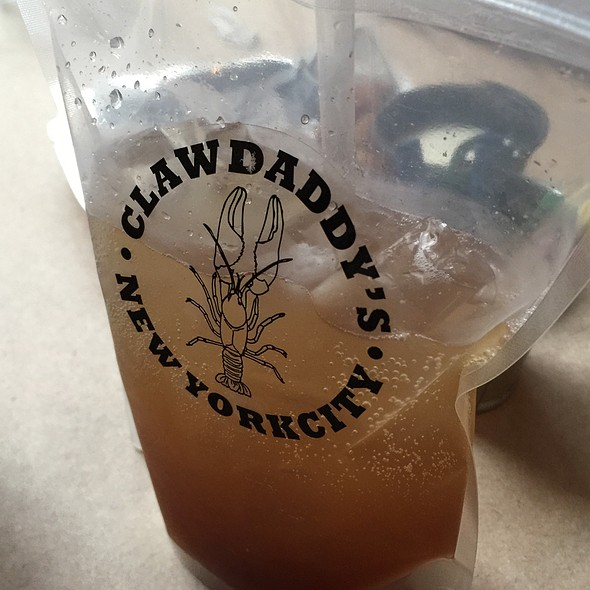 Southern Lemonade Iced Tea - Claw Daddy's, New York, NY
