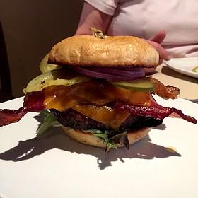 Sodo Burger - SoDo, Reno, NV