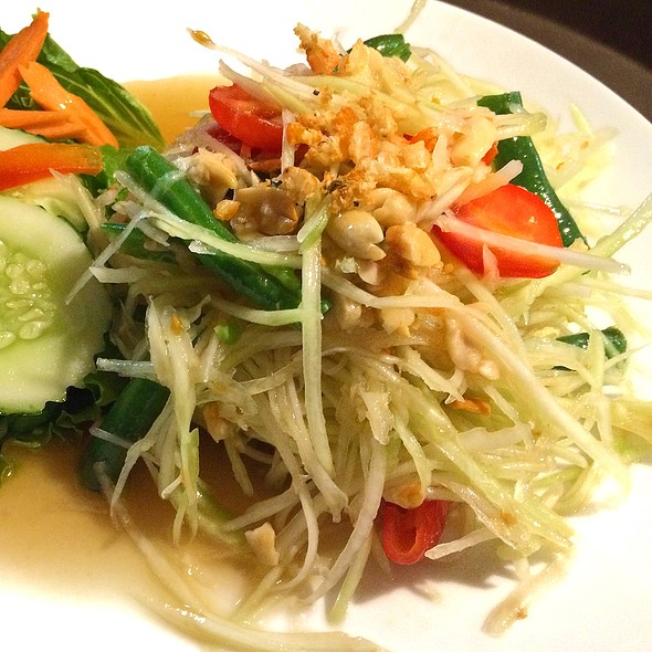 Papaya Salad - Tub Tim Thai, Skokie, IL