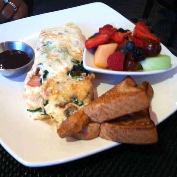 The Y Veggie Omelet - Stewart Penick's Terrace - Ballantyne, NC, Charlotte, NC