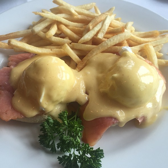 Smoked Salmon Eggs Benedict - Bistro Francais, Washington, DC