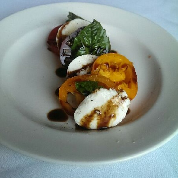 Heirloom Tomato Salad - 801 Chophouse Leawood, Leawood, KS