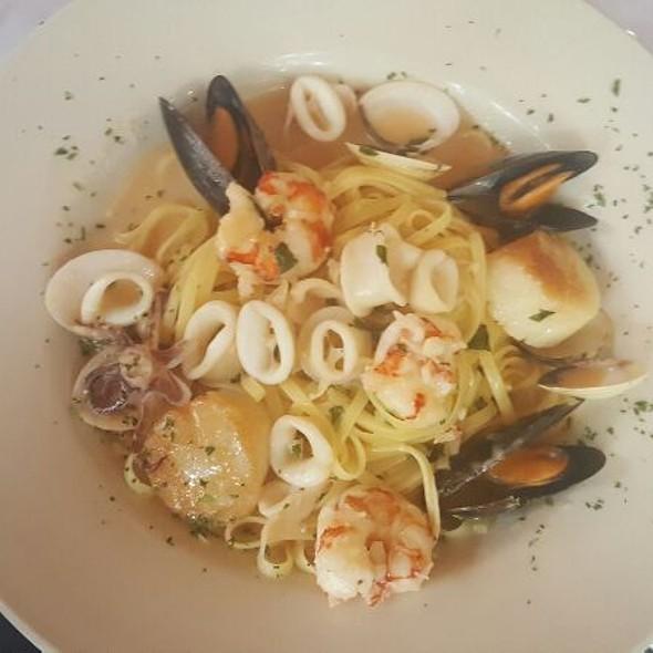 Seafood Linguini - Al Fresco Italian Restaurant, Newport News, VA