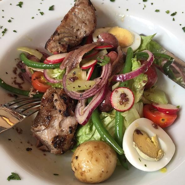 Salad Nicoise - Felix, New York, NY