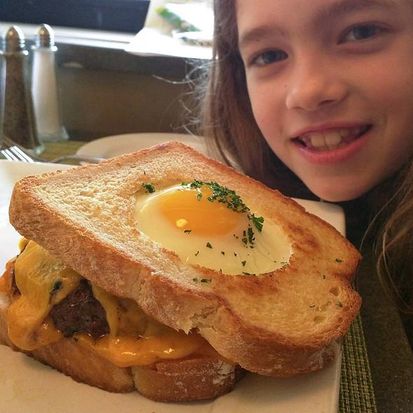 Rise N Shine Burger - Glenmorgan Bar & Grill at the Radnor Hotel, St. Davids, PA