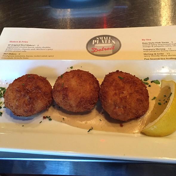 Crabcakes - Small Plates, Detroit, MI