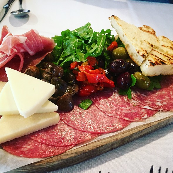 Antipasto - Papa Razzi - Wellesley, Wellesley, MA