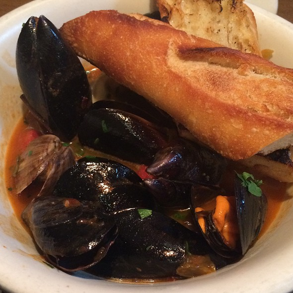 Mussels & Clams - Beaumont's, San Diego, CA