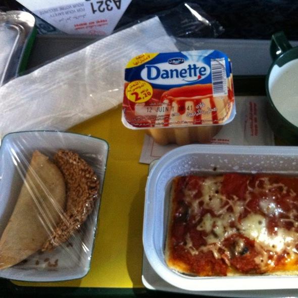Royal Air Maroc Food Reviews