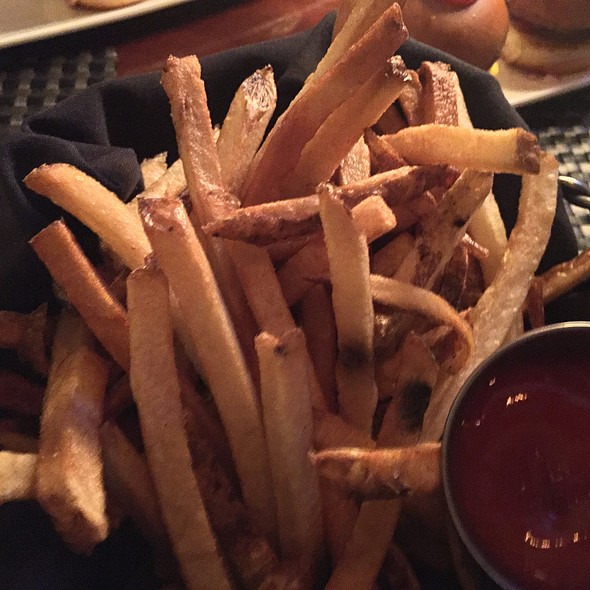 Mike's Fries - Ditka's Restaurant, Pittsburgh, PA