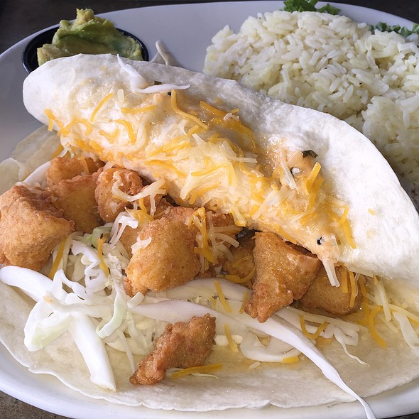 fish tacos - Rockafeller's Restaurant, Virginia Beach, VA