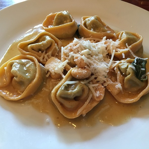 Tortelloni - Due Lire, Chicago, IL