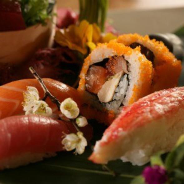 Sushi + Sashimi Lunch Combo - Sushi Roku - Las Vegas, Las Vegas, NV