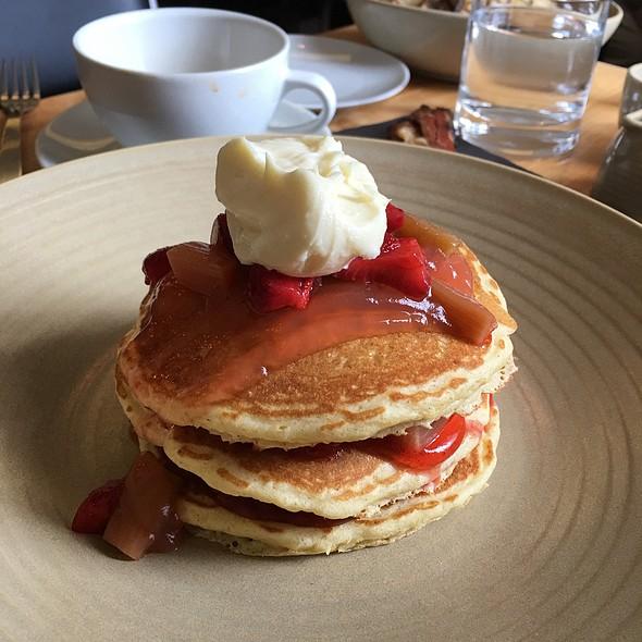 pancakes - H4C Place St-Henri, Montréal, QC