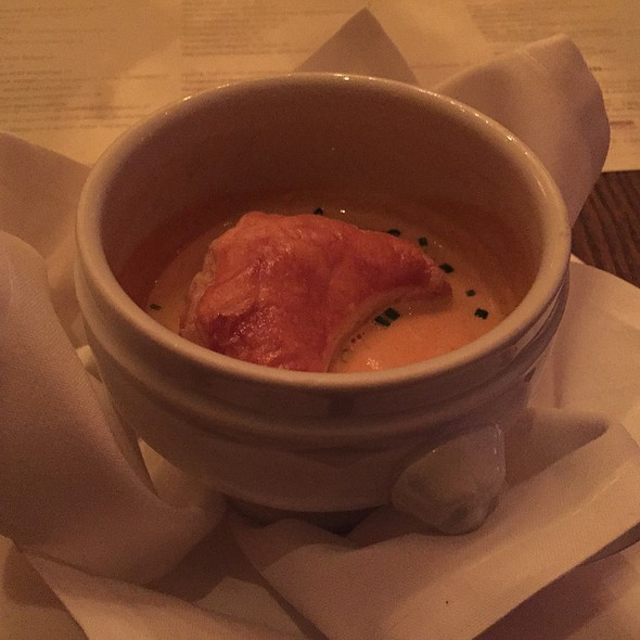 Maine Lobster Bisque - Mooo, Boston, MA