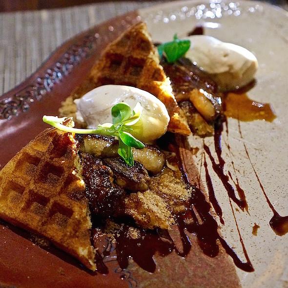S'mores foie gras, waffles, graham cracker crumble, chocolate sauce, toasted marshmallow cream - Canoe Restaurant and Bar, Toronto, ON