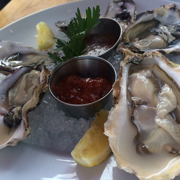 Oysters - Areal Restaurant, Santa Monica, CA