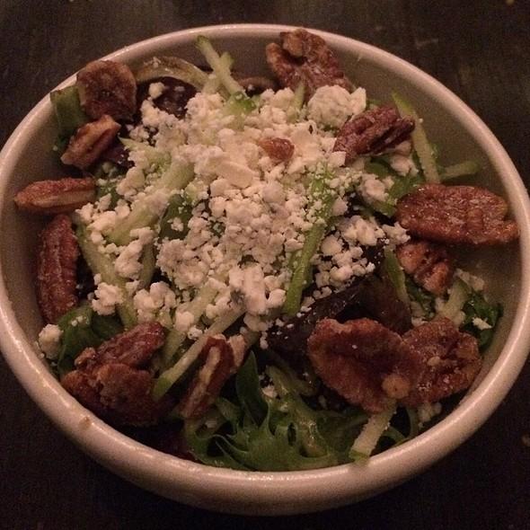 Mixed Greens Salad - Reilly Craft Pizza & Drink, Tucson, AZ