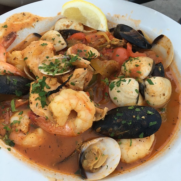 Cioppino - Belmont Brewing Company, Long Beach, CA