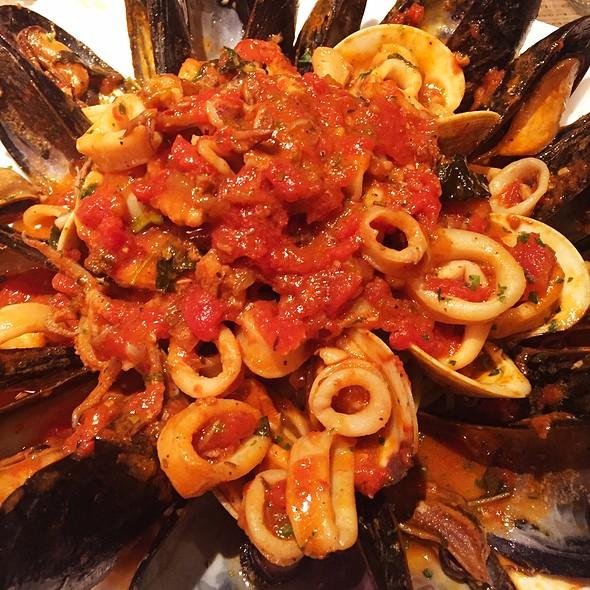 Vaso 39 s mediterranean bistro restaurant alexandria va for Alexandria mediterranean cuisine menu